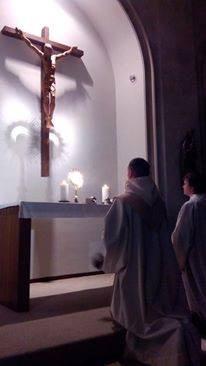 Eucharistische Aanbidding Karmelieten Gent