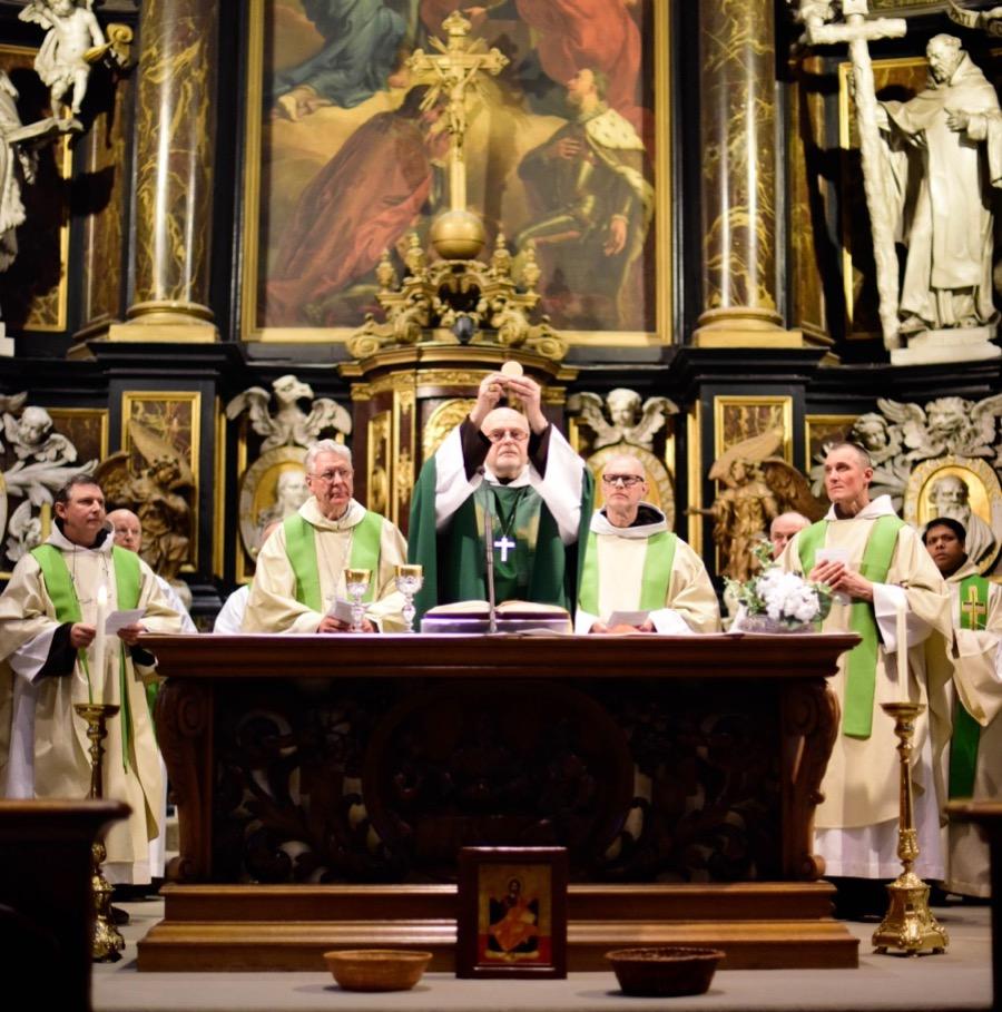 Eucharistie Karmelieten Gent Burgstraat