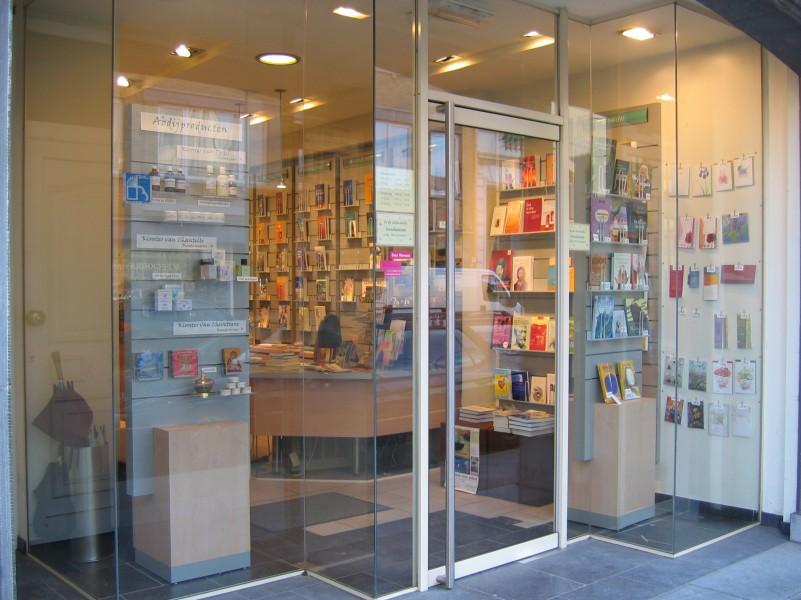 Boekhandel Carmelitana zoekt vrijwilliger