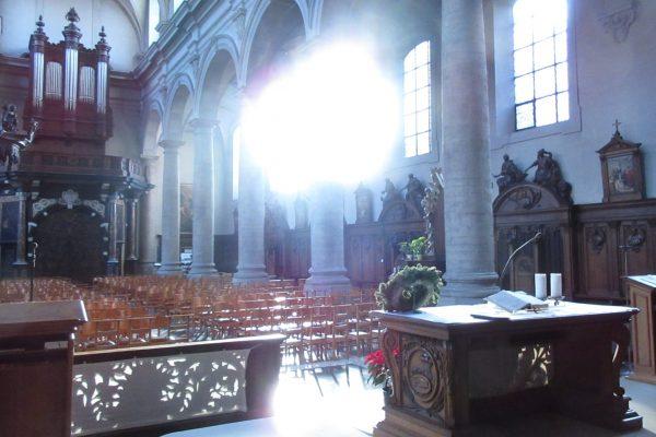 Van 14 maart tot en met 4 juli worden alle liturgische diensten in onze kerk afgelast