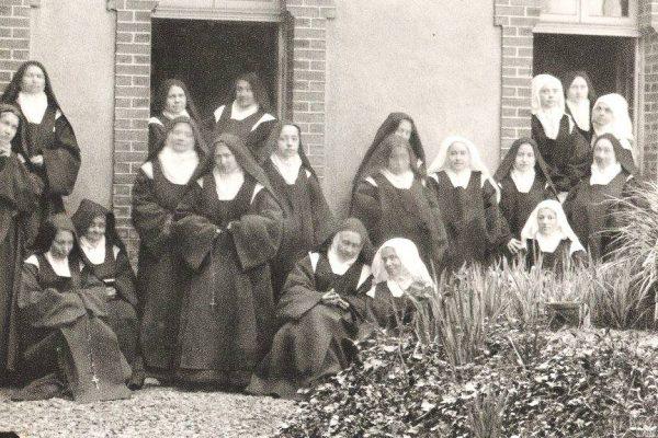 Gebedsavond 2 september 2021 : teksten van Thérèse van Lisieux en Elisabeth van de Drieëenheid